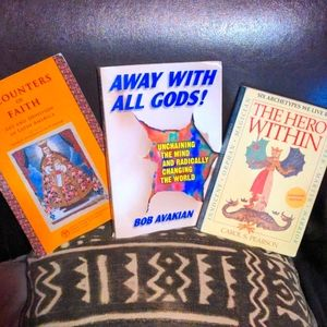 🖤 Lot of 3 paperback books on psychology & religion